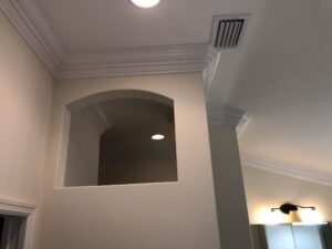 8.25 crown molding0006