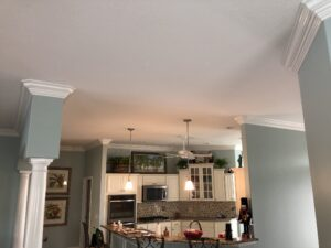 8.25 crown molding0009