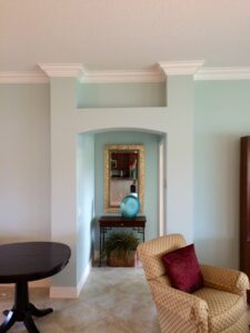 8.25 crown molding0011
