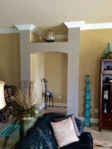 8.25 crown molding0013