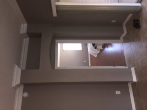 8.25 crown molding0018