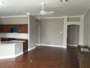 8.25 crown molding0023