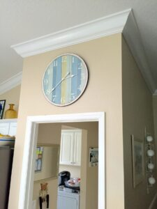 8.25 crown molding0029