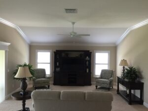 8.25 crown molding0031