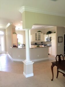 8.25 crown molding0032