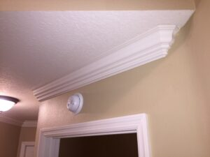 crown molding 20012
